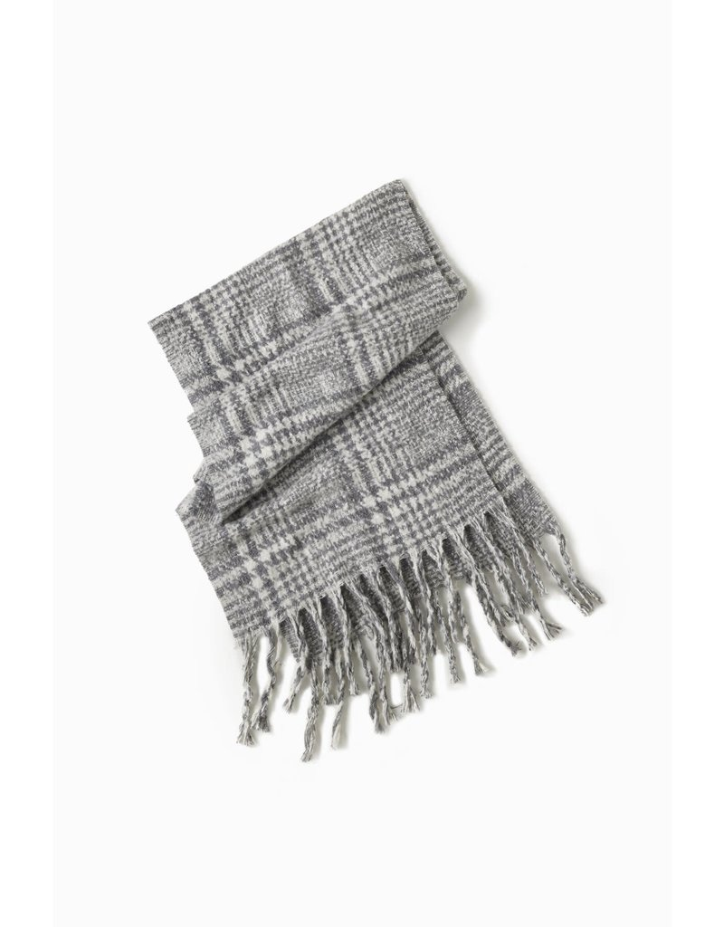 Look By M Grey Boucle Enlarged Houndstooth Scarf
