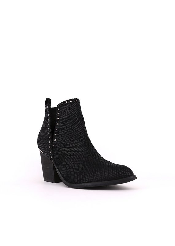 Shu Shop Yovi Black Booties