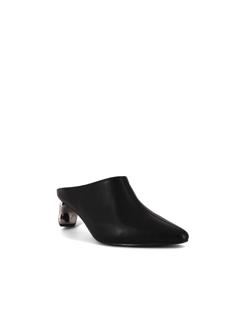 Shu Shop Oona Black Slip On Heal