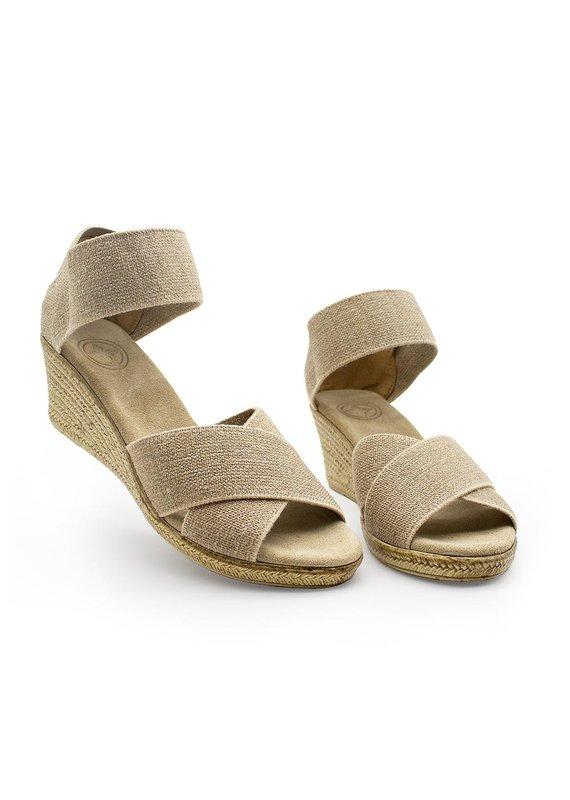 Charleston Shoe Co Cannon Linen Sandal