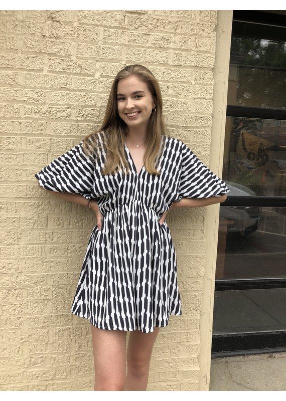 KLd Signature Stripe Print Kimono Style Dress