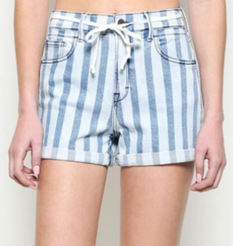 light wash striped cuffed shorts with drawstring