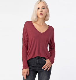 slub v-neck drop shoulder top