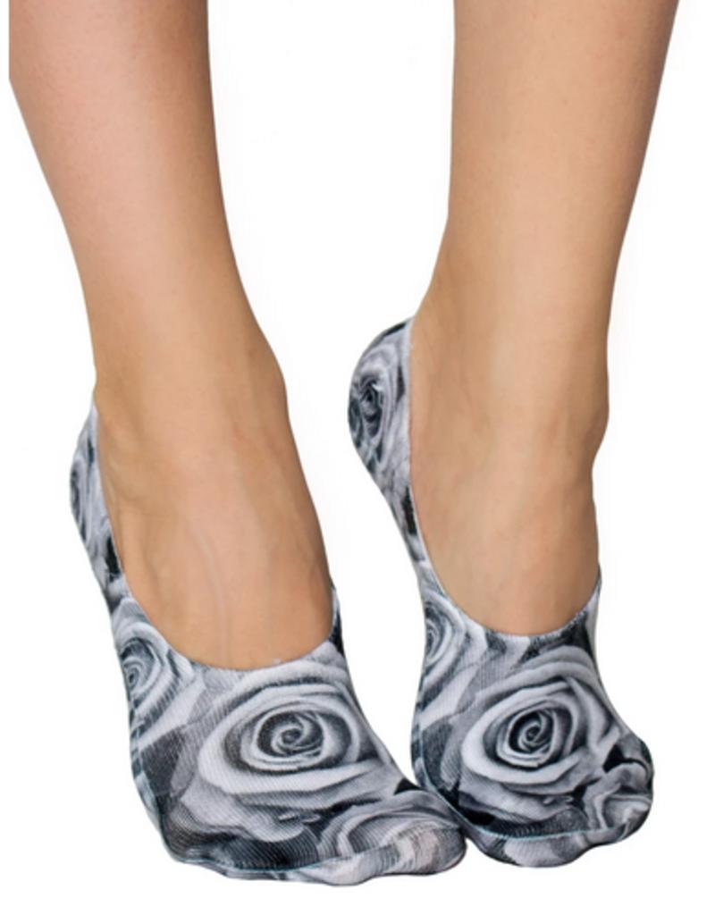 black and white roses liner