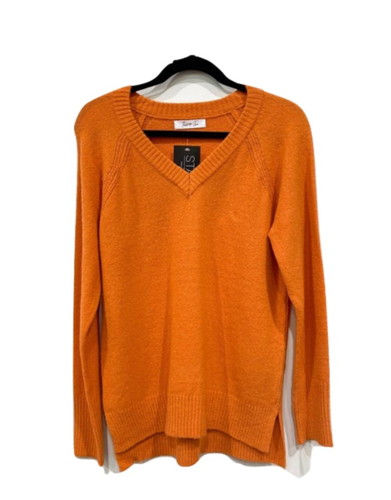 lexa v neck sweater
