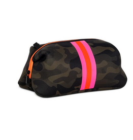 haute shore kyle toiletry bag - showoff