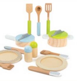 Legler crockery & cookware set