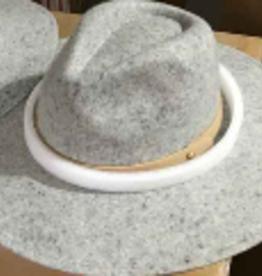 grey & white wide brim hat