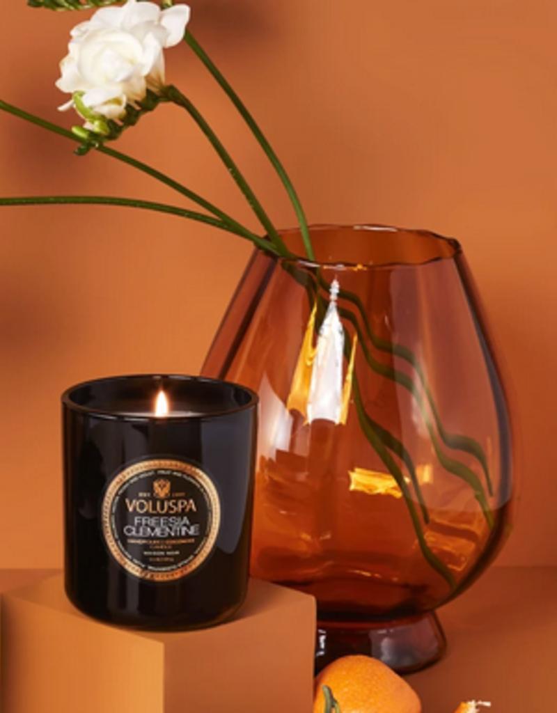 voluspa freesia clementine classic candle 9.5oz