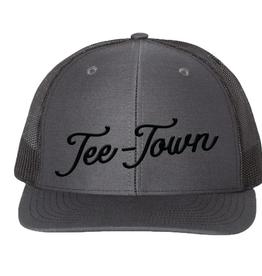 tee town classic trucker hat