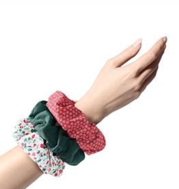 assorted 3 piece christmas scrunchie set