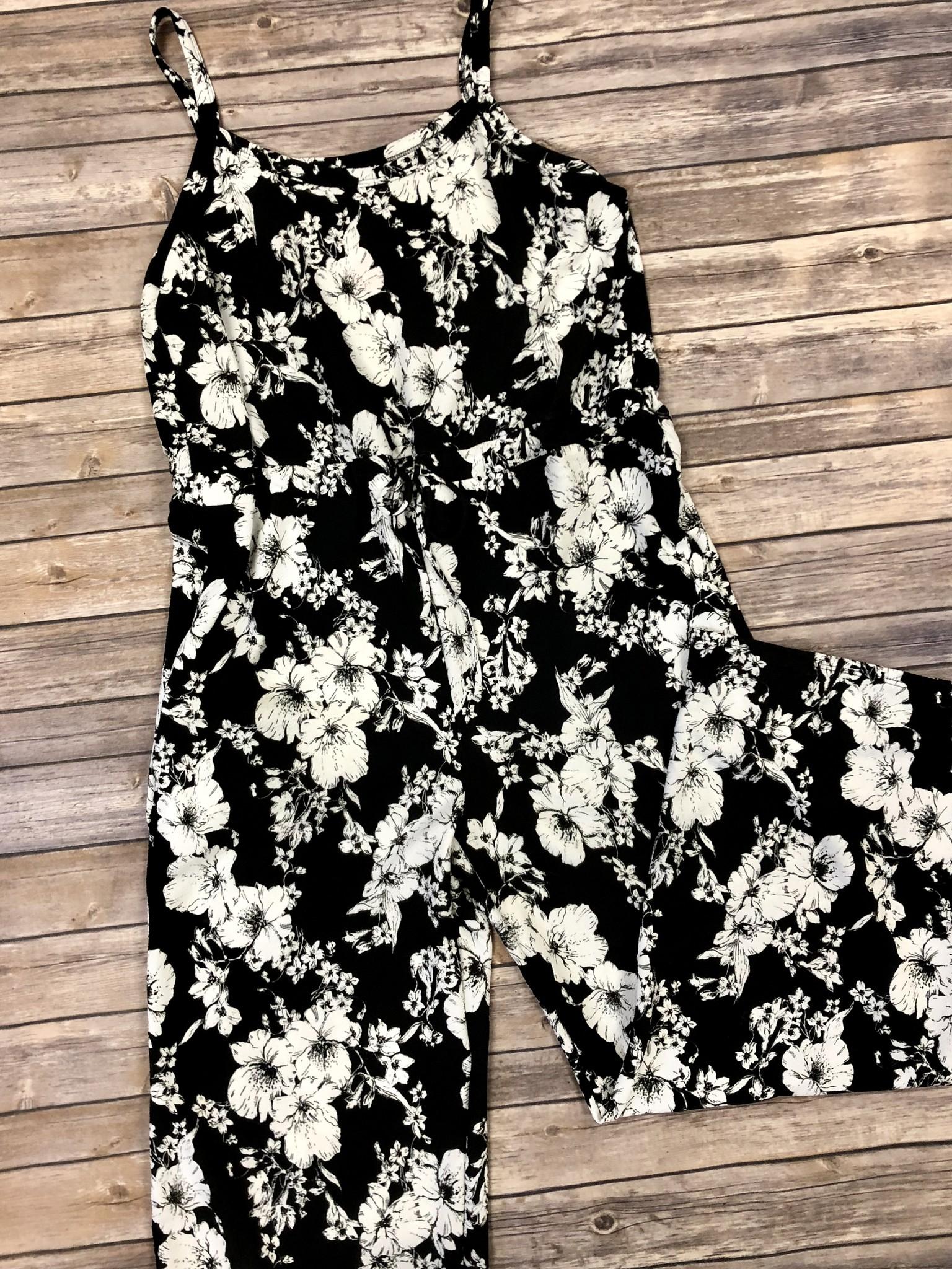 Classic Floral Jumpsuit Curvy