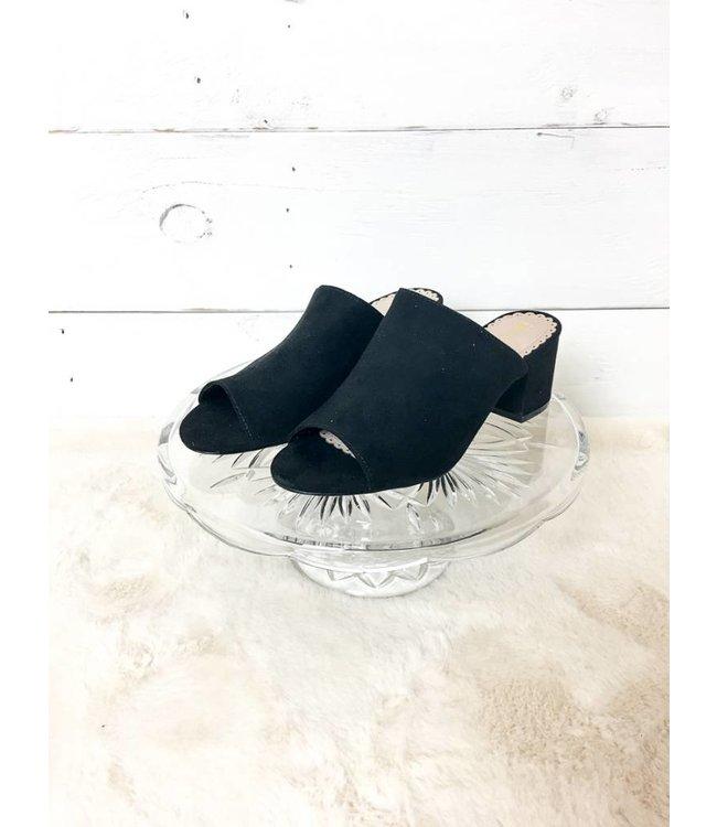 Restricted Footwear The Hanya Mule