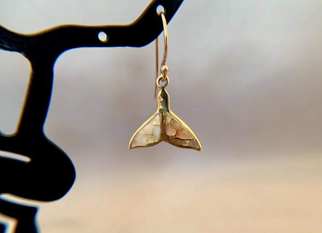 Whale Fluke - 22K Gold in Quartz Earrings #194