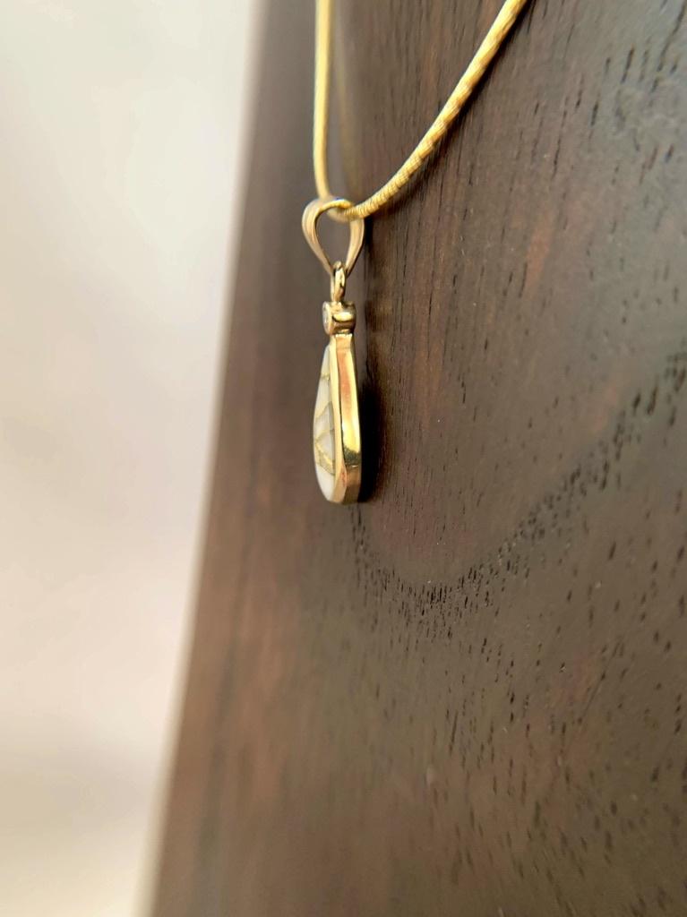 Tear Drop Pendant 22K Gold in Quartz  with Diamond (#197)