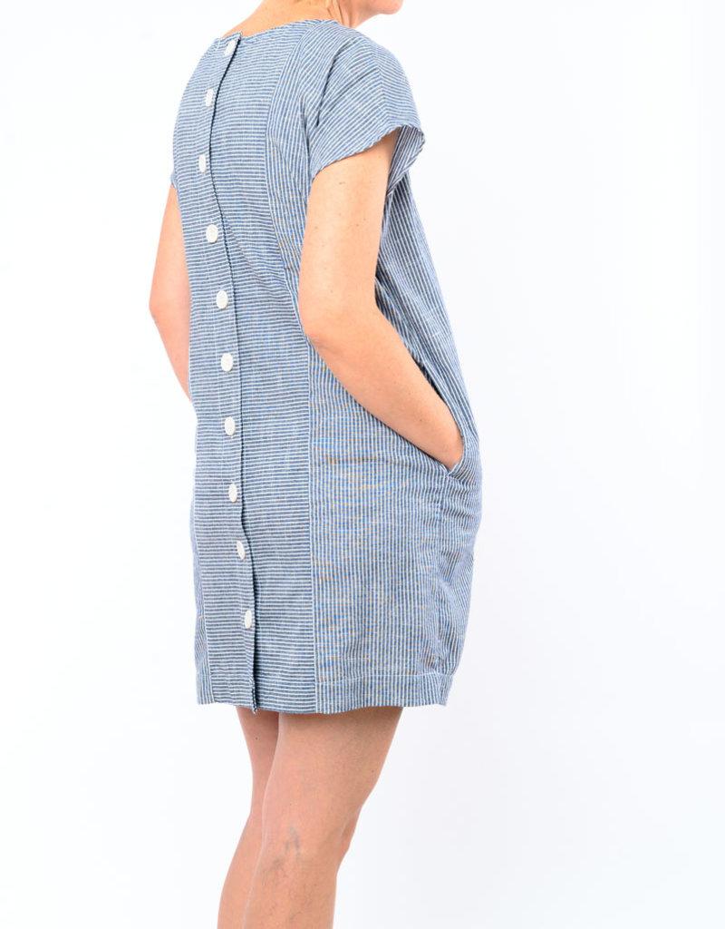 MOD-O-DOC BUTTON BACK SHIFT DRESS