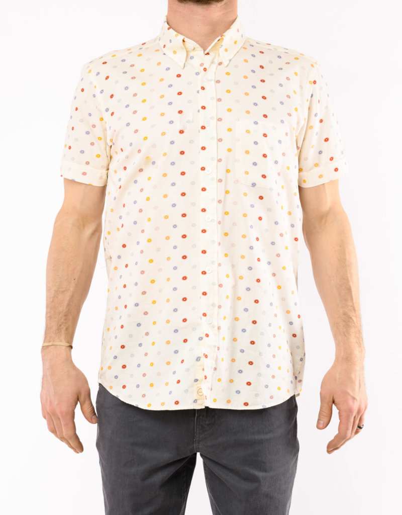 FAR AFIELD MOD BUTTON DOWN