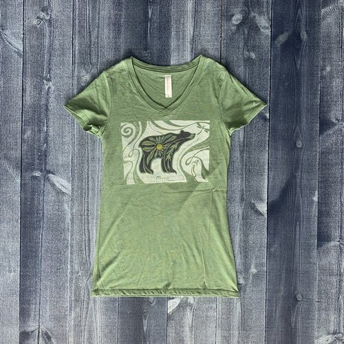 Bumwraps Hippie Bear Ladies V-Neck T-shirt