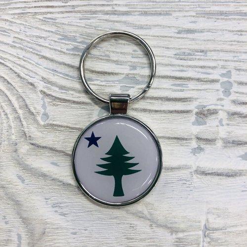 Entertainya Old Maine Flag Key Chain