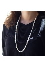 ++White Baroque Pearl Necklace with Handmade Chain in Silver