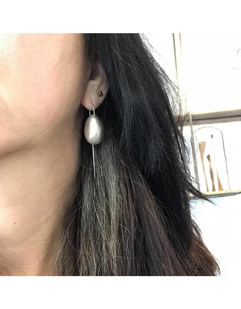 Christina Odegard Matin Ovale Large Earrings in Brushed Silver
