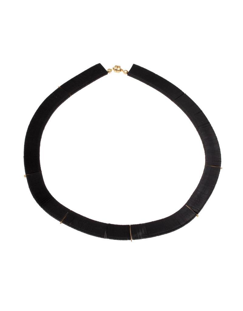 Cuervo Orbit Black Sequins Necklace