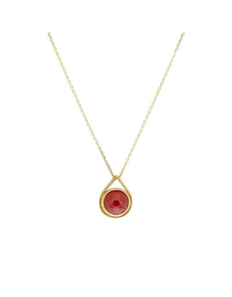 Carnelian Drop Pendant in 18k Yellow Gold