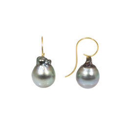 Baroque Pearl Earrings in 18k Yellow Gold