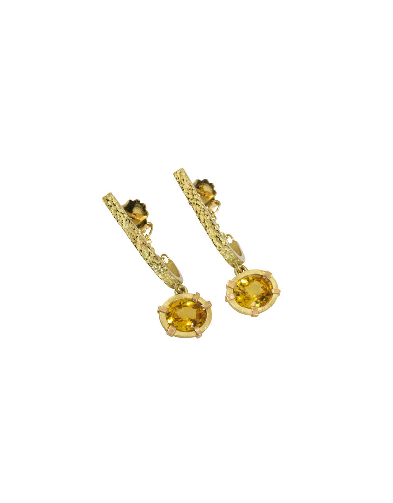 Oval Sapphire Drop Earrings in 18k Yellow Gold
