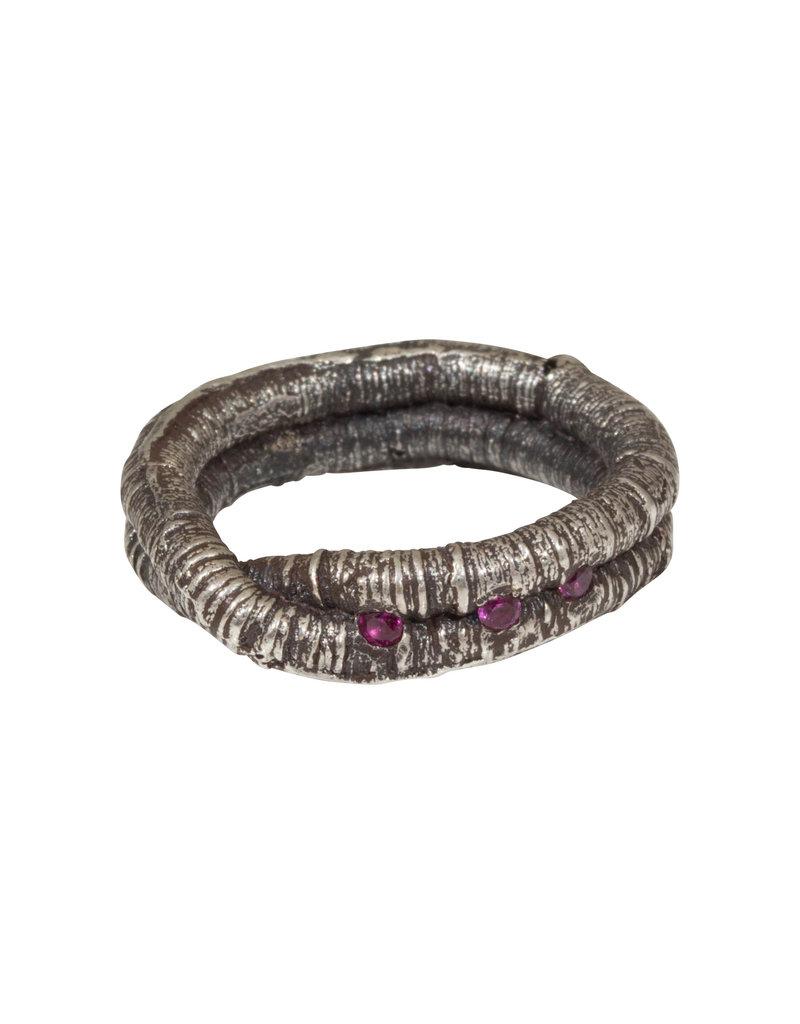 Twist Oneiric Ring with Three Rubies