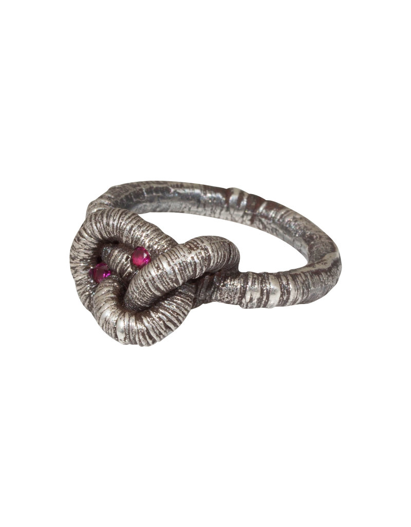 Oneiric Ring with Two Rubies