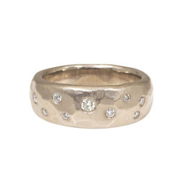 Tapered 7.5mm Band with 9 Diamonds in 18k Palladium White Gold