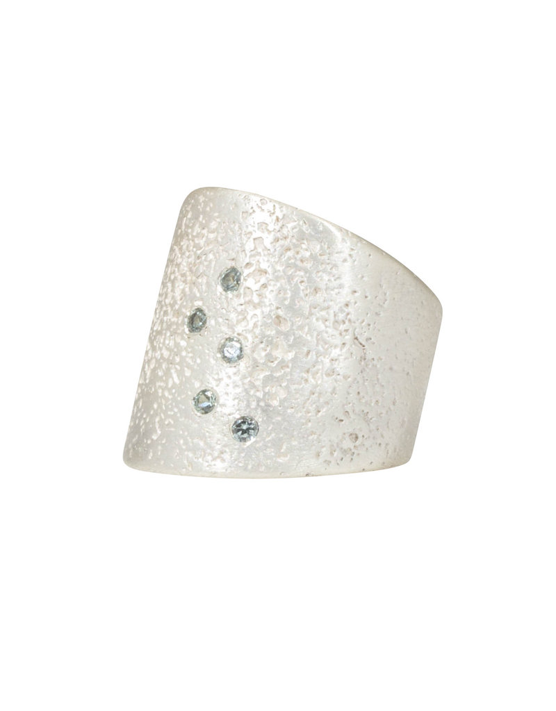 Textured Cuba Ring in Silver with 5 Grey Sapphires
