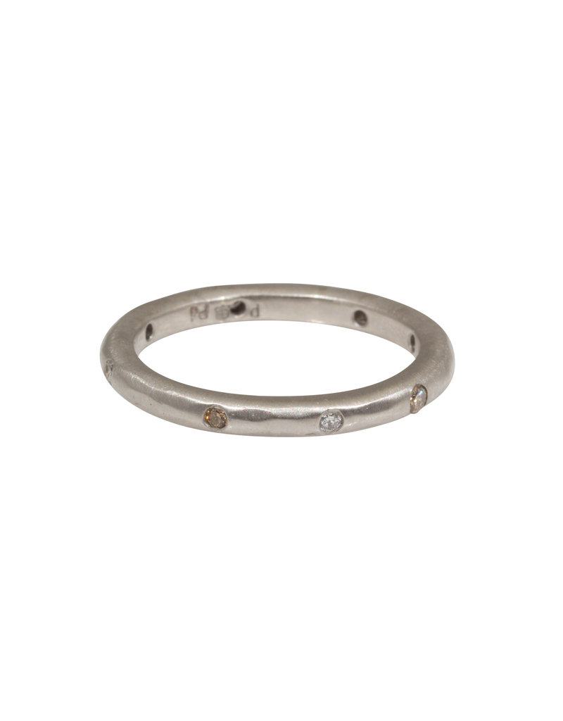 2.5mm Modeled Band in Palladium with Diamonds