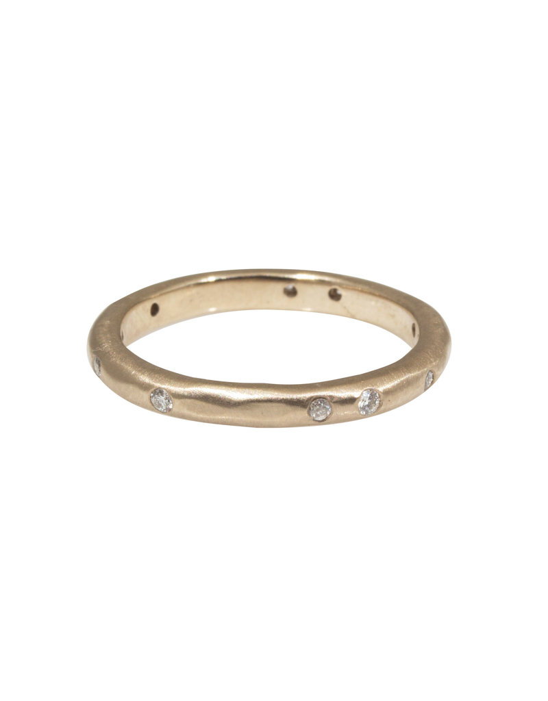 2.5mm Modeled Band with White Diamonds in 18k Warm White Gold
