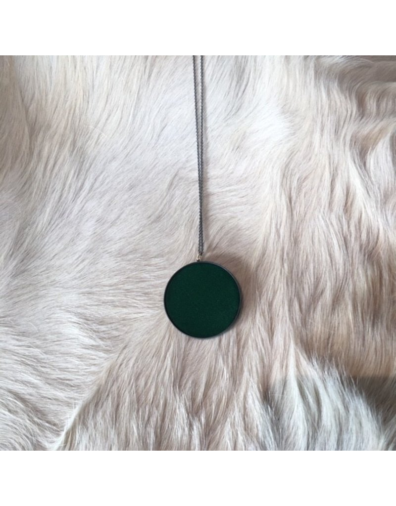 Extra Large Green Silk Pendant in Oxidized Silver
