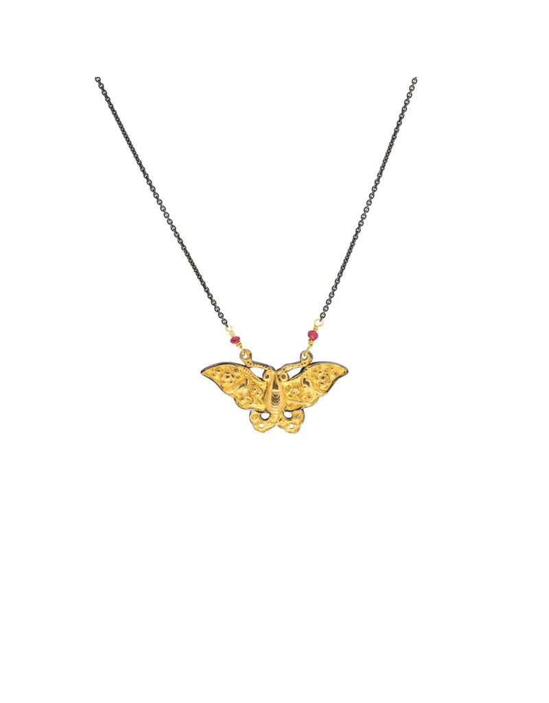 Keum-Boo Moth Pendant with Spinel in Gold