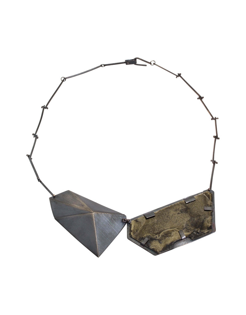 Geometric Mica Necklace in Oxidized Silver