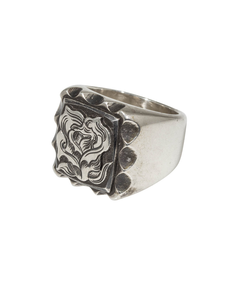 La Rosa Signet Ring in Silver