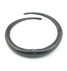 Kai Wolter Single Black Double Tapered Bracelet in Dark Bronze