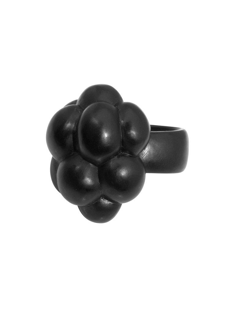 Jet Cluster Ring