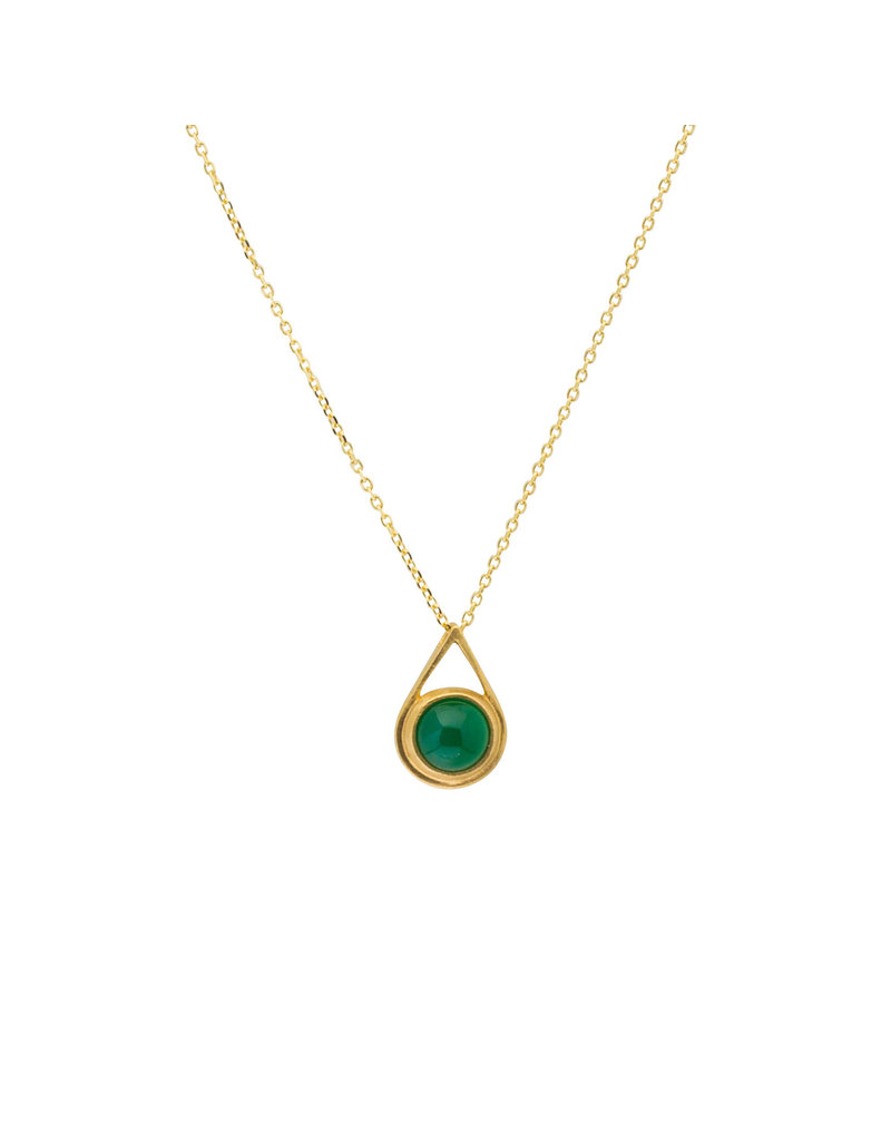 Small Green Onyx Drop Pendant in 18k Yellow Gold