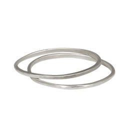 Carved Bangle in Silver