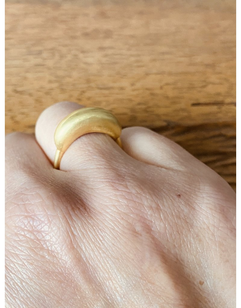 Épaisse Germane Ring in 18k Yellow Gold
