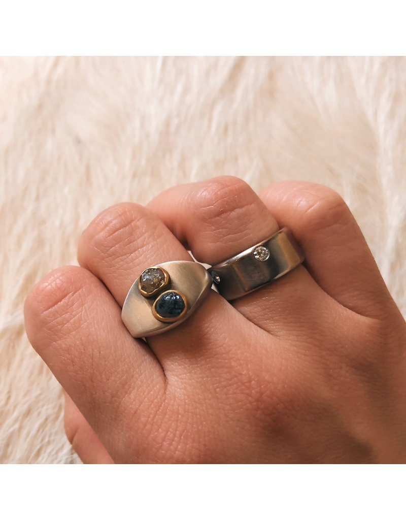 The Last Supper Ring with Raw Diamonds in 22k Gold and Silver Shank