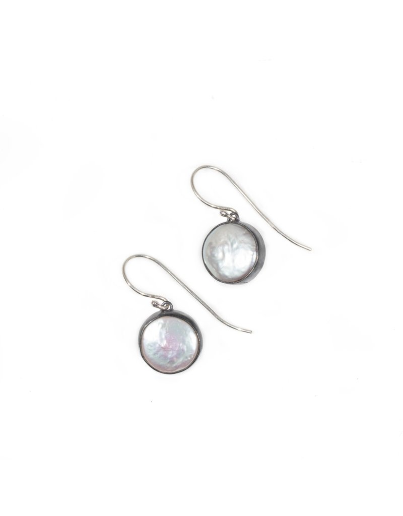 Small Biwa Pearl Earrings in Oxidized Silver with Silver Wires
