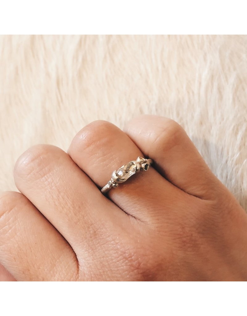 Raw Diamond Ring with Flowers in 9k White Gold