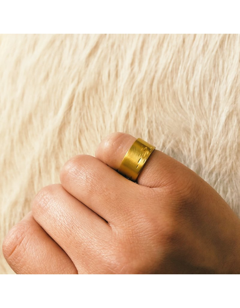 Stream Ring in 18k Yellow Gold