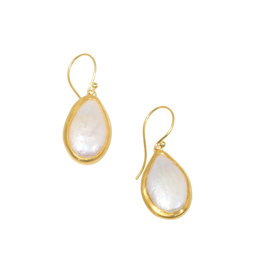 Loave Pearl Earrings in 22k Gold