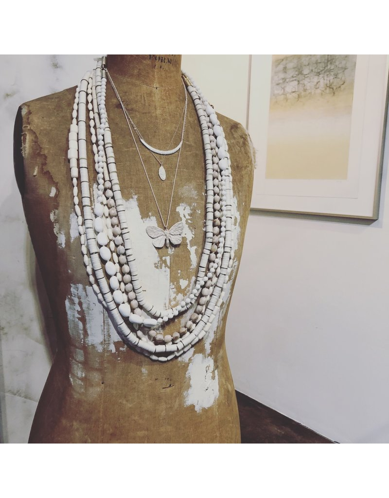 White Agate Bead Necklace with Silver Clasp